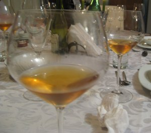 old white wine colour